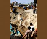 Rescue efforts continue to save boy from TN borewell