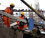Kolkata bridge collapse - Rescue operations underway