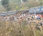 Rajya Rani Express derails in UP