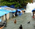Siblings drown in Mumbai water pipeline burst