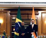 Rio de Janerio: V.K. Singh meets Brazil's Foreign Minister