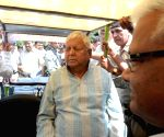 Lalu at New Delhi railway station