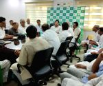 Tejashwi Yadav chairs meeting with RJD MLAs