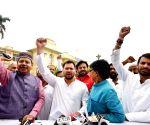 Tejaswi Yadav, Tej Pratap Yadav talk to media