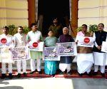 Rabri Devi leads RJD demonstration at Bihar Assembly