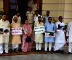 Rabri Devi leads a protest against Bihar Government