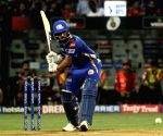 Mumbai opt to bat against Delhi