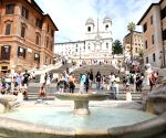ITALY ROME SPANISH STEPS SITTING PENALTY