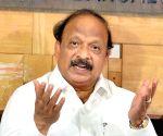 Karnataka ex-MLAs join BJP barring Roshan Baig