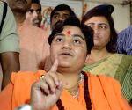 Congress objects to Pragya on defence panel