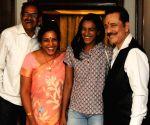 Subrata Roy meets Gopichand, Nehwal, Shrikanth