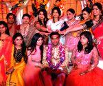 Pre-wedding bash of Mulayam Singh Yadav's grandnephew - Amitabh Bachchan