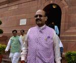 Parliament - Amar Singh, Ram Gopal Yadav, Subramanian Swamy