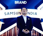 Samsung opens its largest mobile experience centre