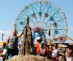 U.S.-NEW YORK-CONEY ISLAND-SAND SCULPTING CONTEST