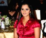 Sania Mirza exits Australian Open with calf injury