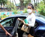 : Mumbai: Sanya Malhotra Spotted at Gym Santacruz