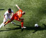 Brazil (Sao Paulo) : FIFA World Cup 2014 Group B match Netherlands vs Chile. Match Belgium vs Russia.