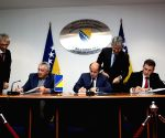 BOSNIA AND HERZEGOVINA-SARAJEVO-BORDER PROTOCOL SIGNING