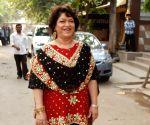 New-age B'wood dances lack the 'lachak': Saroj Khan