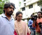 Kumaraswamy's wife files complaint against him