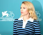 Scarlett Johansson, Chris Evans in 'Little Shop Of Horrors'?