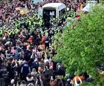 Scotland police frees 2 Indians from detention van after protests