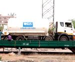 Free Photo: SCR's Oxygen Express sets off on third run from Telangana to bring more LMO from Odisha