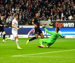 Frankfurt clobber Dusseldorf in Bundesliga tie