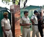 CBI raids Lalu's residence, security beefed up