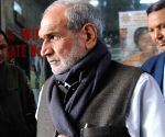 Sajjan Kumar quits Congress