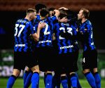 Inter continue march to title, Juve sink Genoa