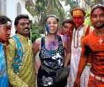 Shabana Azmi & Javed Akhtar Holi Party