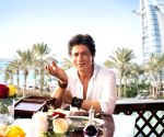 Shah Rukh explores Dubai's City Walk