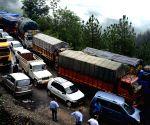 No massive traffic jam in Himachal: Govt
