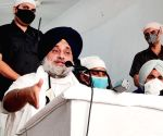 Sukhbir Singh Badal addresses a gathering of farmers and party workers