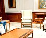 Shivraj Singh meets Modi, discusses Covid management