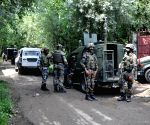 Soldier injured in gun battle in south Kashmir's Tral