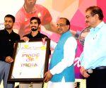 Srikanth, Gopichand meet Vijay Goel