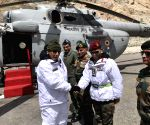Rajnath visits Siachen, salutes soldiers for courage