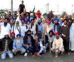 Sikhs organise a Langar at Kamakhaya Railway station