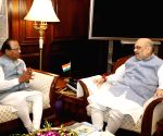 Sikkim Governor meets Amit Shah