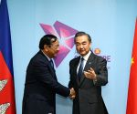 SINGAPORE CHINA FM MEET