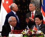 SINGAPORE MALAYSIA SIGNING CEREMONY
