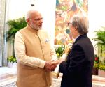 Modi hands over Padma Shri to ex-Singapore diplomat