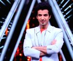 'Indian Idol 10' finalist sings title track of TV show