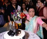 Asha Bhosle celebrates her birthday