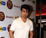 Sonu Nigam clarifies his