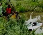 6 die in UP as car falls into ditch