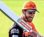 SRH eye stability in batting against MI after early losses